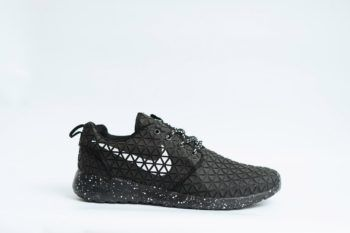 Nike Roshe Run Metric QS Black