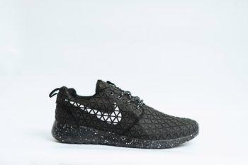 Nike Roshe Run Metric QS Black