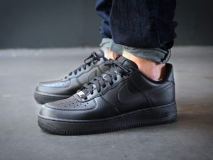 Nike Air Force 1 07 Black/Black
