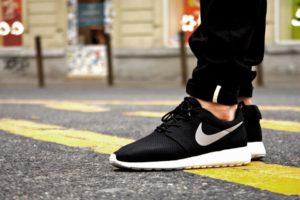 Nike Roshe Run Black/White/Gray
