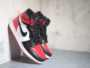 Nike Air Jordan 1 Retro High OG Bred Toe Gym Red/Summit White/Black 555088-610