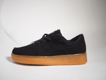 Nike Air Force Black/Gum