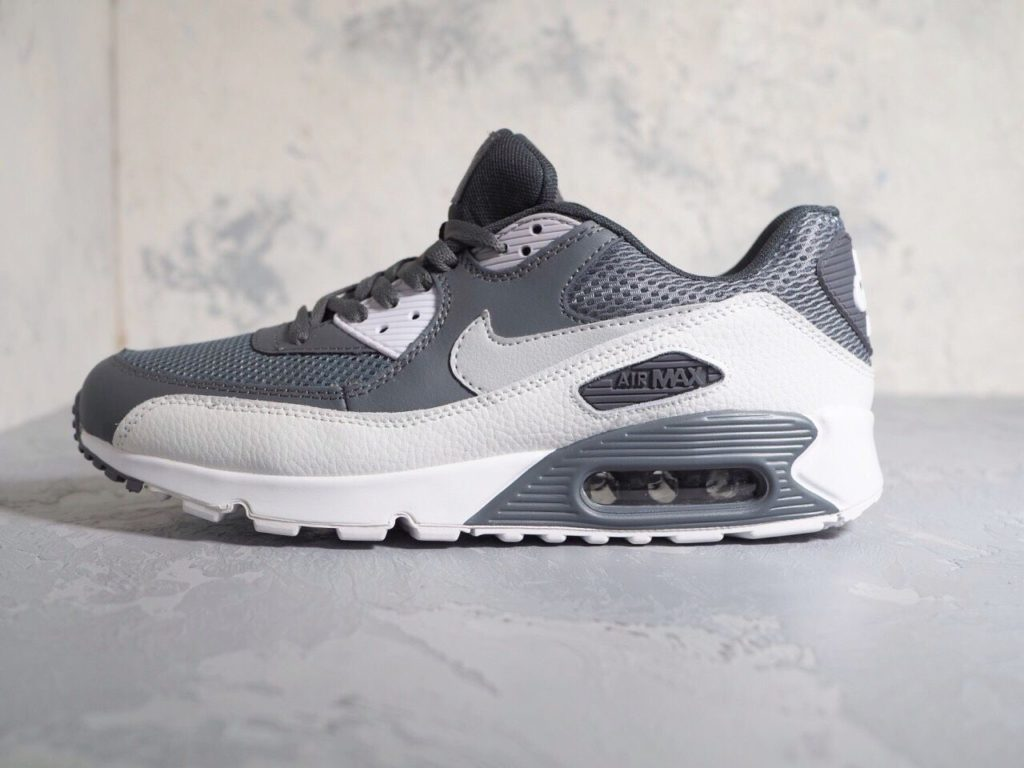 #55 Nike Air Max 90 Essential 537384-073