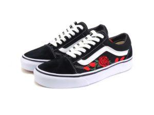 Vans Old Skool Black/White Custom Vans`n Roses